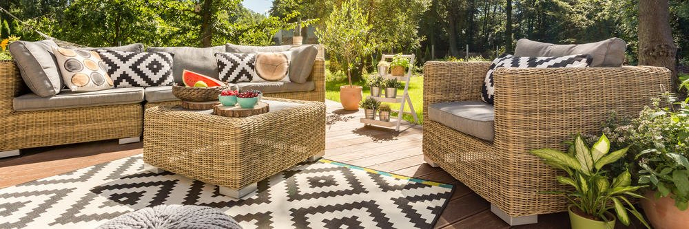 Stylish patio wicker furniture