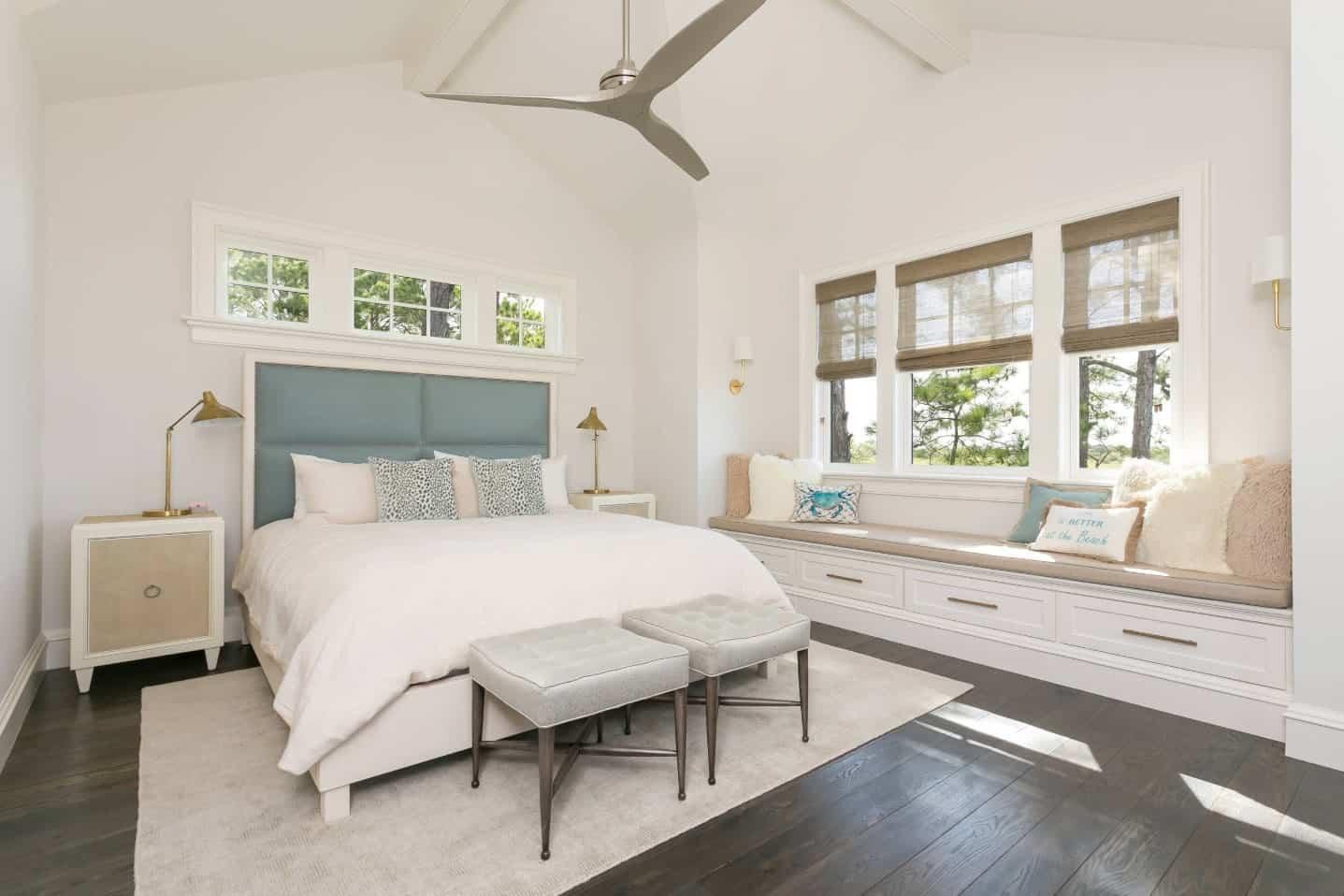 50 Beach Style Master Bedroom Ideas (Photos)
