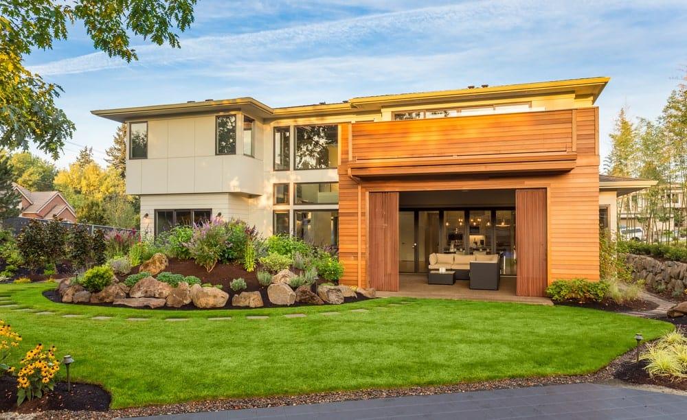 Contemporary home with a front garden.