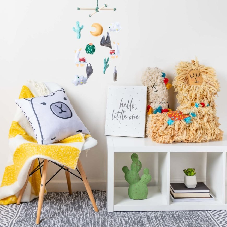 Picture of a DIY baby mobile in gender neutral nursery