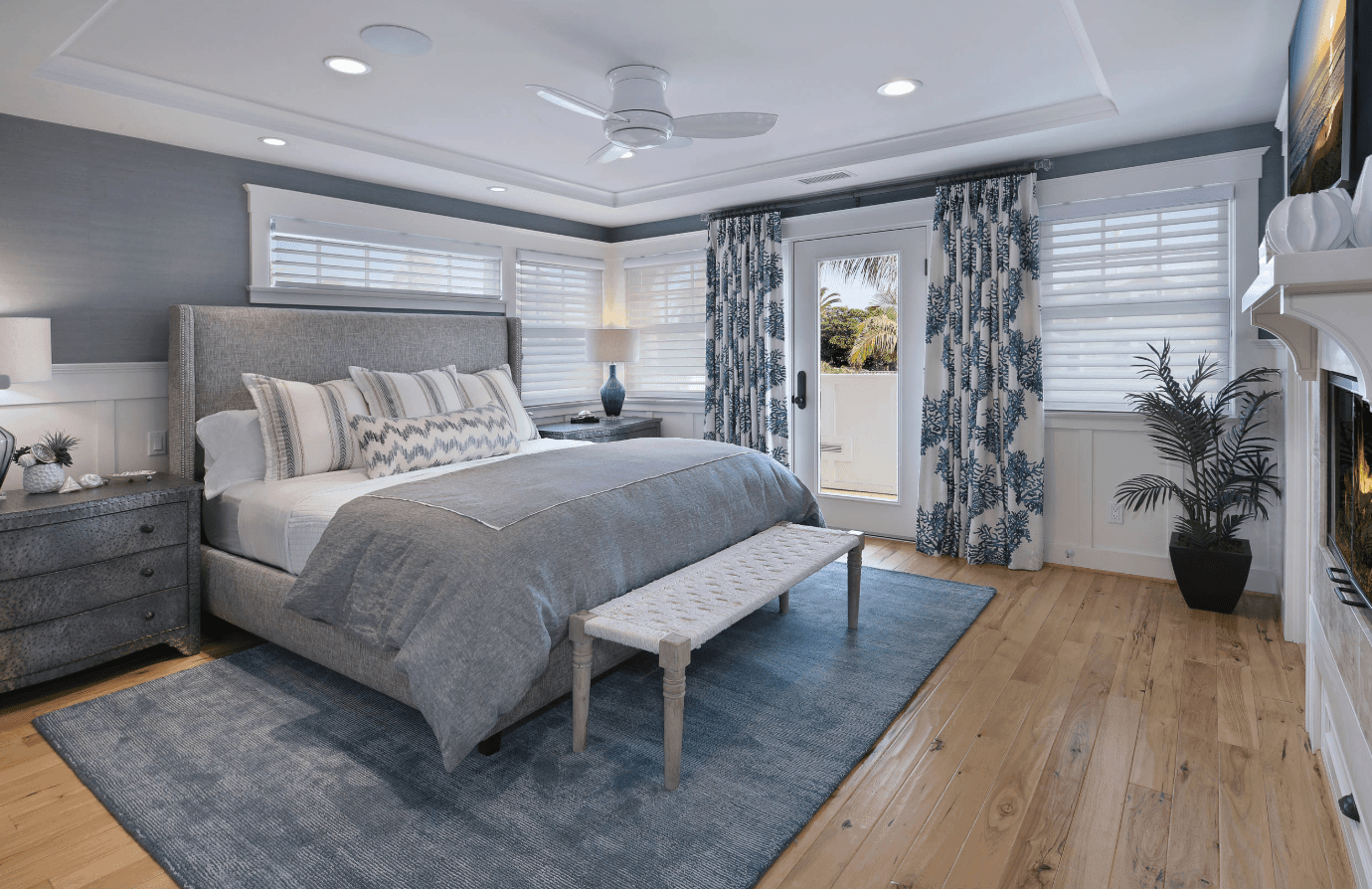50 Beach Style Master Bedroom Ideas (Photos)