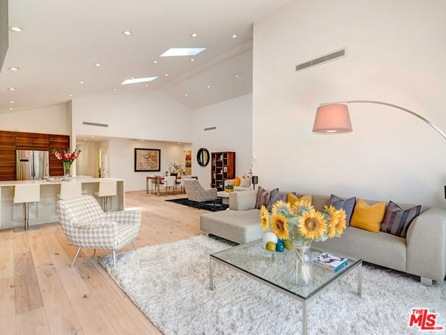 Great room interior of a modern home in Palms, LA.