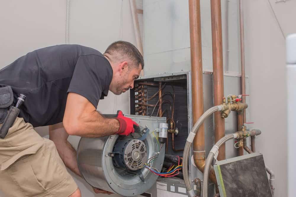 HVAC repair technician