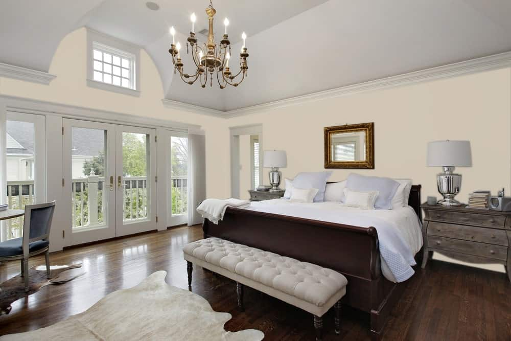 Light Beige Master Bedroom Interior - Pantone 400