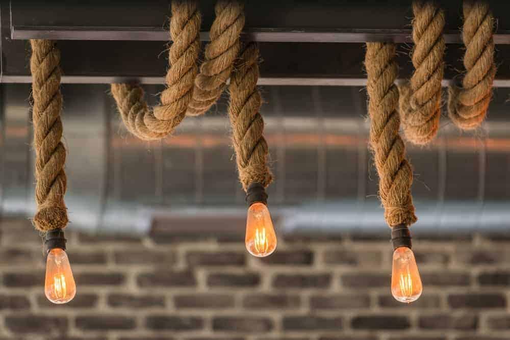 Incandescent rope lights