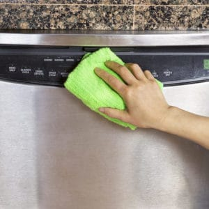 Cleaning stainless steel dishwasher with eco-friendly stainless steel cleaner
