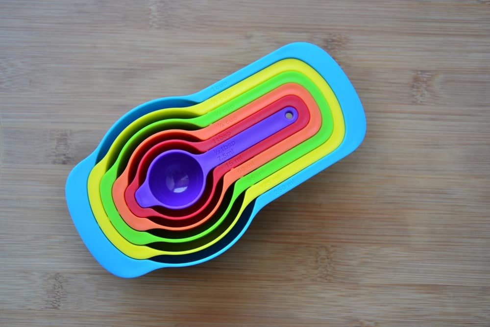Measuring Cups in Rainbow Colors
