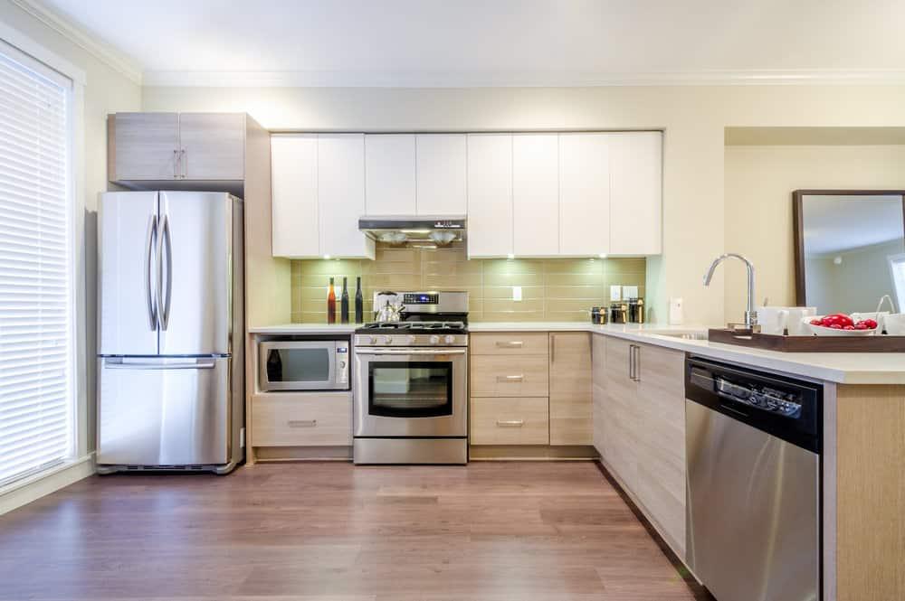 Kitchen stainless steel dishwasher