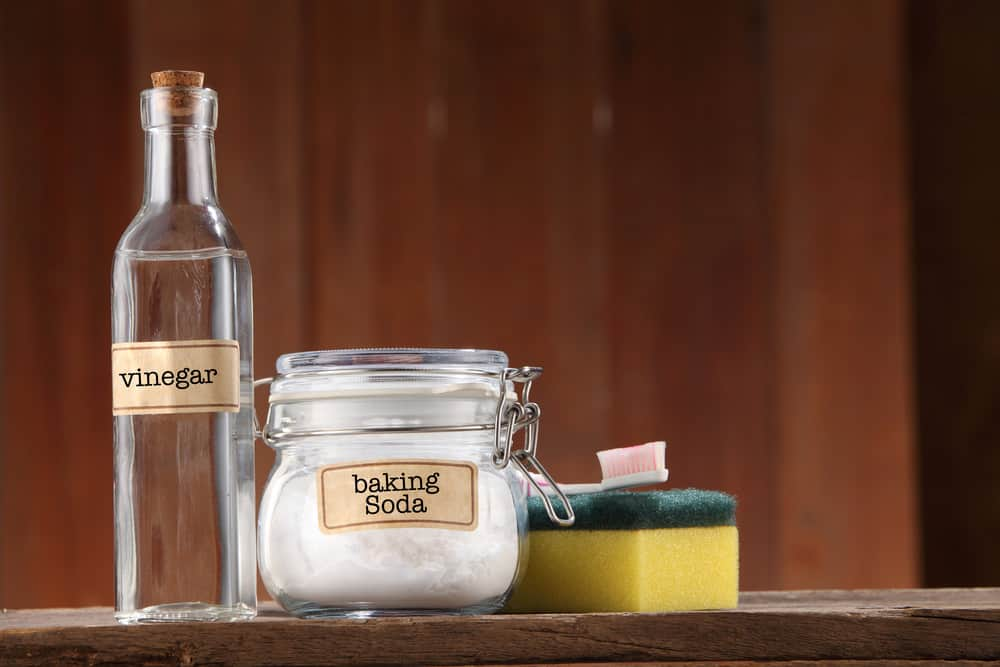 Vinegar and baking soda for cleaning stainless steel pots pans and cookware