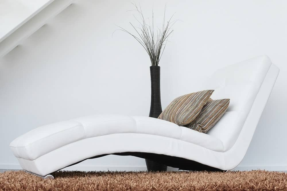 chaise lounge chair for meditation