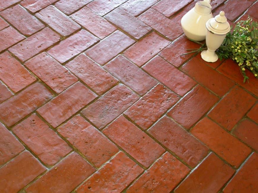 Reddish terracotta tiles floors that look so attractive.