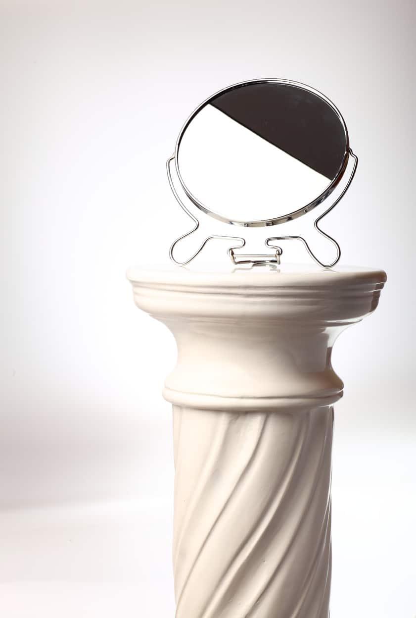 Free-standing mirror - Single greek column