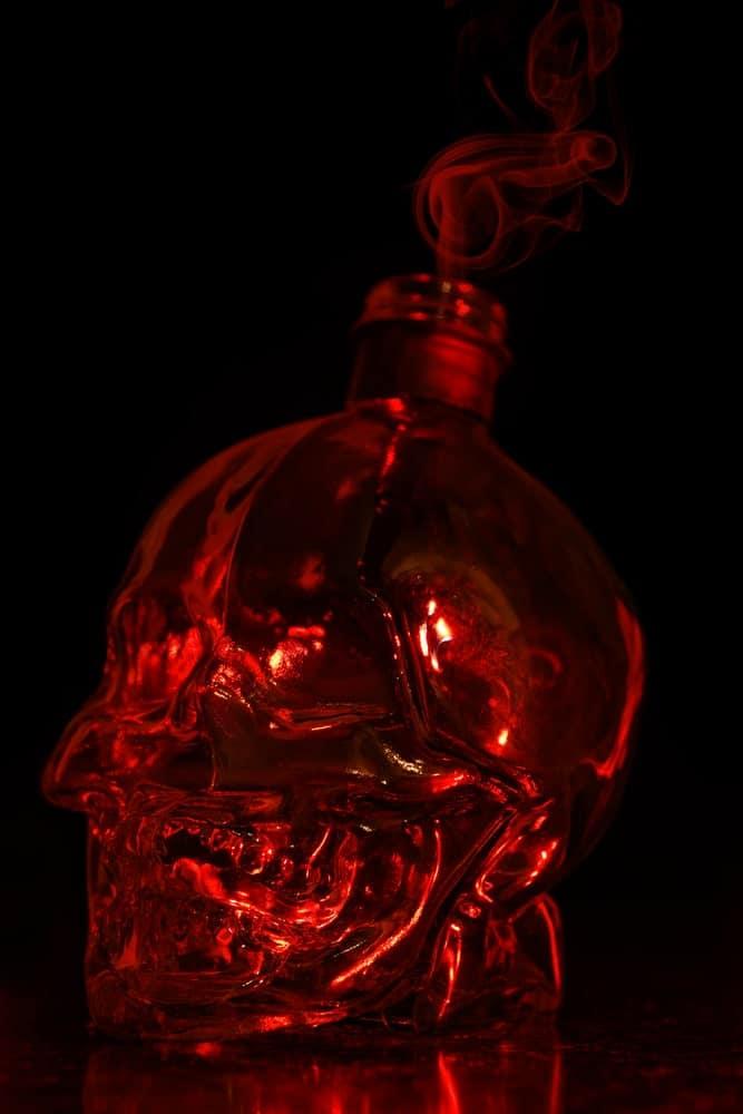 Skull-shaped decanter