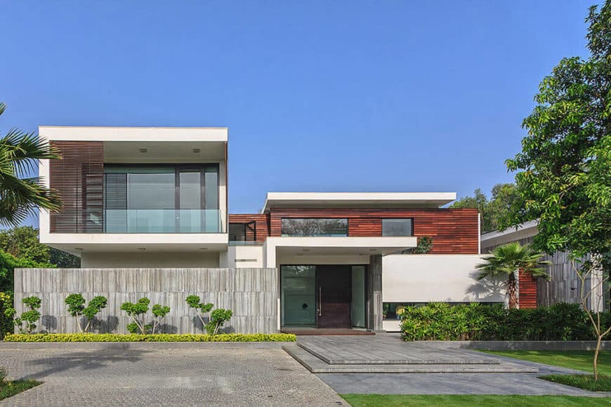 A contemporary house featuring a gorgeous exterior look.