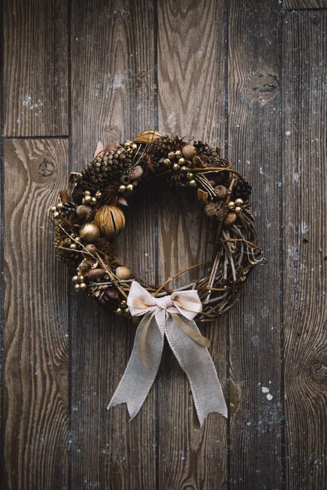 A Handmade Holiday Decor