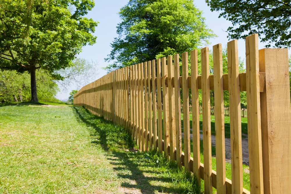 10 Diffe Types Of Wood Fencing