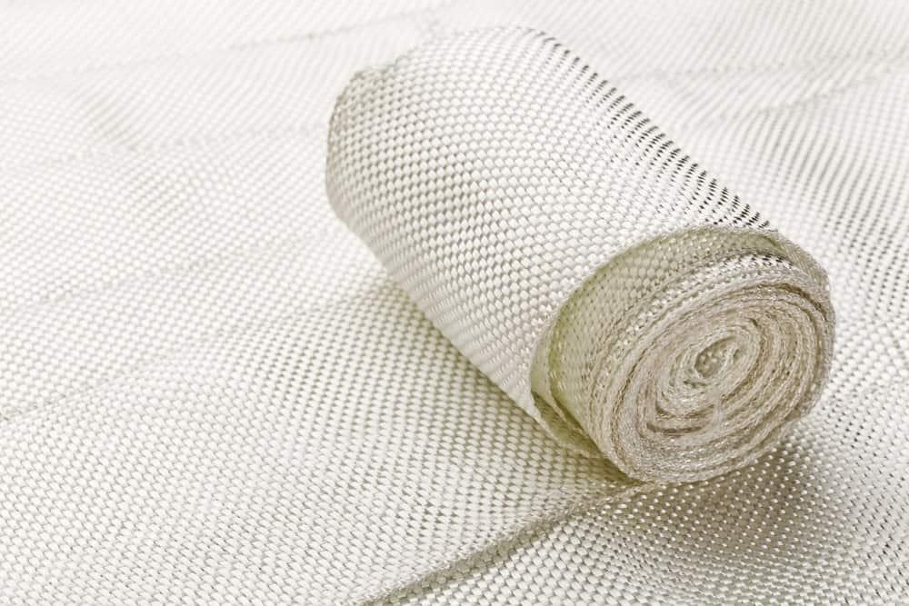 Woven roll of fiberglass fabric