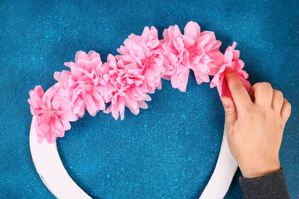 Making a Paper Flower Wreath