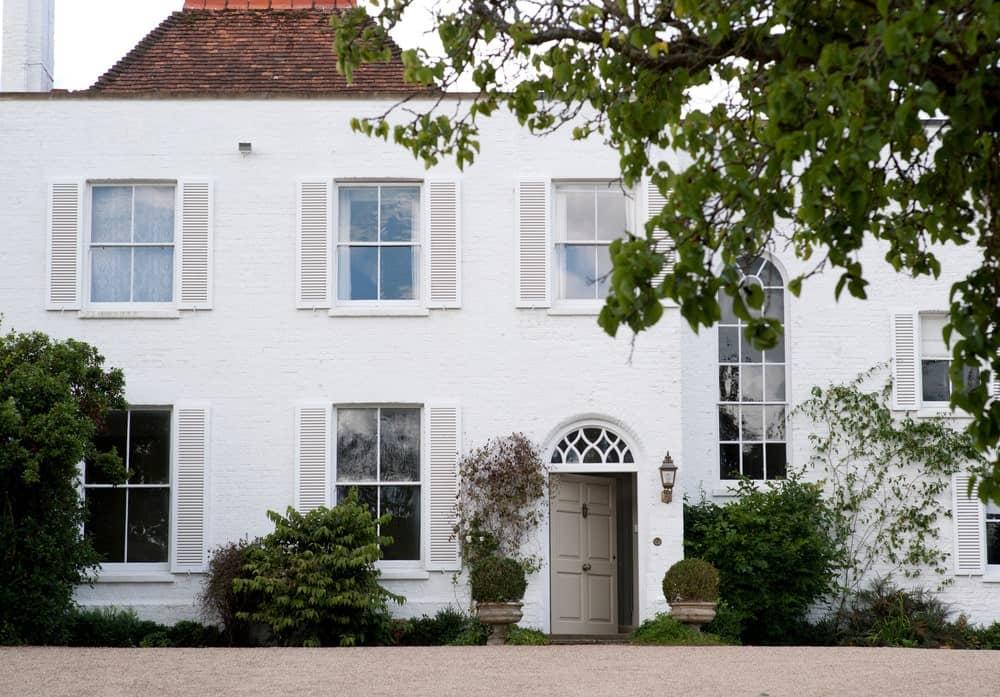 Exterioir Walls: Wimborne White, Exterior masonry