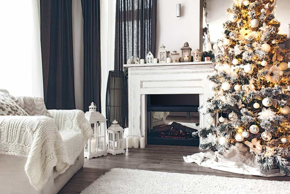Stunning Christmas tree in the living room