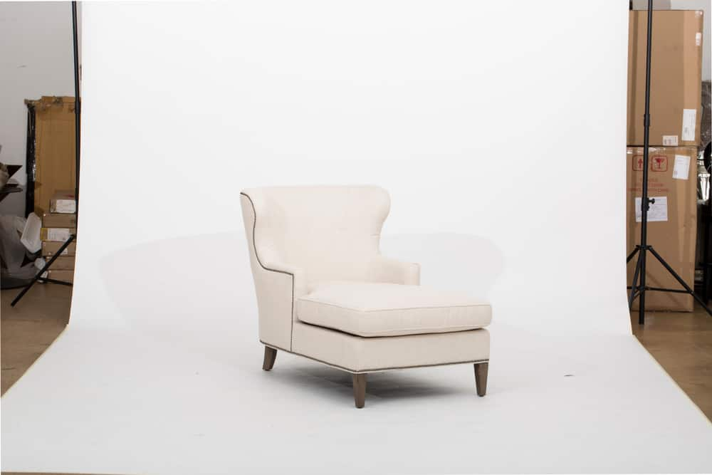 Wingback chaise lounge