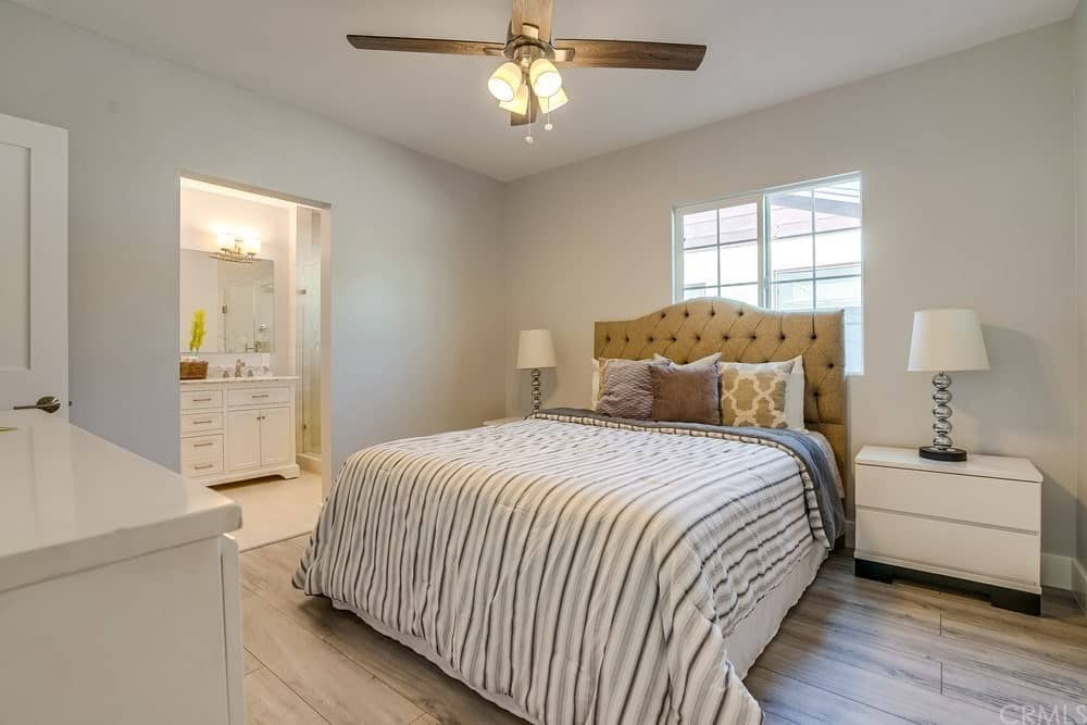 50 Cottage Style Master Bedroom Ideas (Photos)