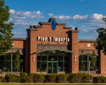 Pier 1 Imports Store