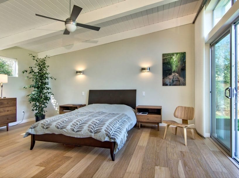 25 Primary Bedrooms With Shed Ceilings Photos