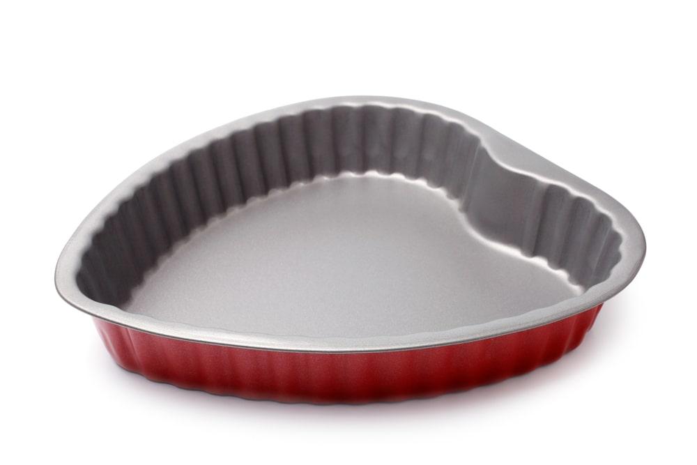Heart-shaped pan