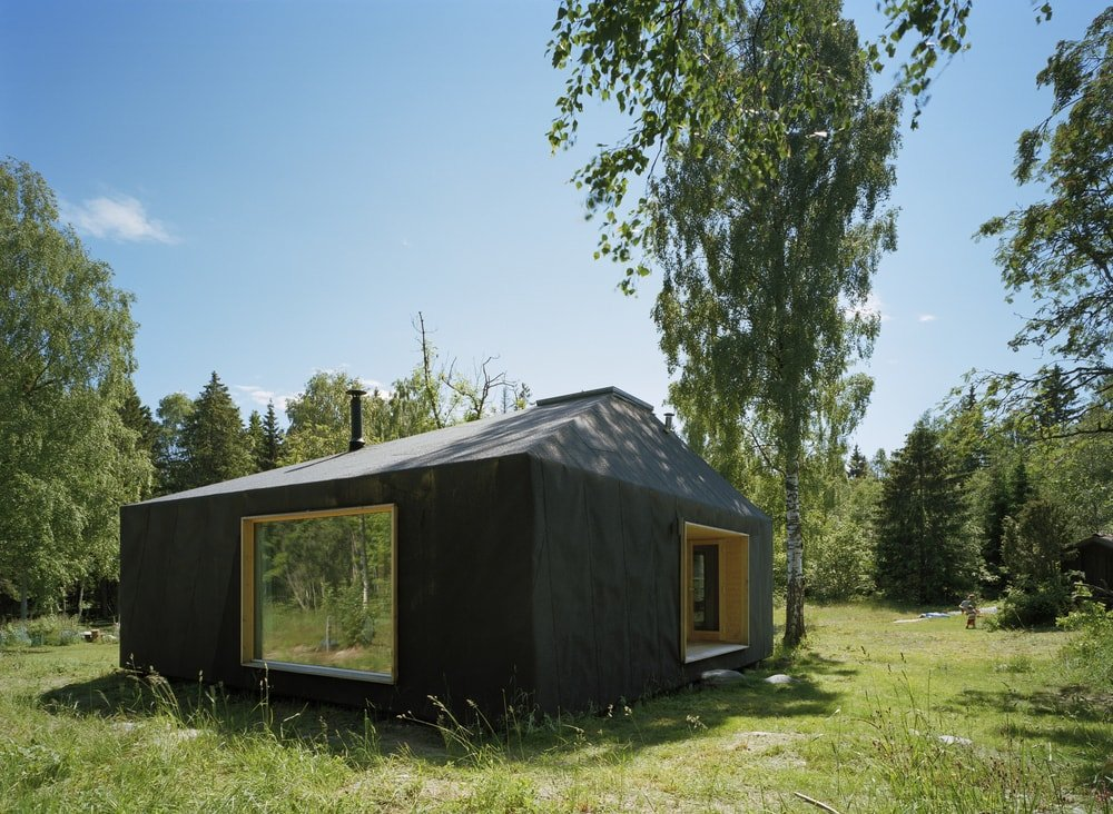Summerhouse at Söderöra by Tham & Videgård Arkitekter