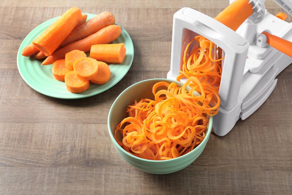 Vegetable spiralizer kitchen gadget