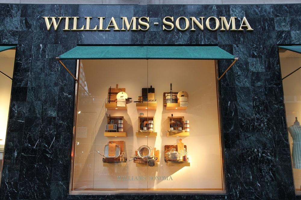 Williams-Sonoma storefront in Manhattan.