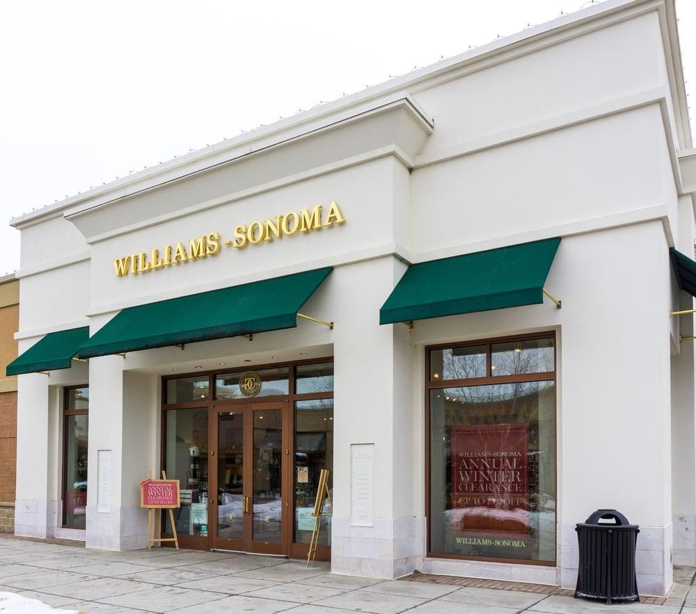 Williams-Sonoma store in Maple Grove, MN.