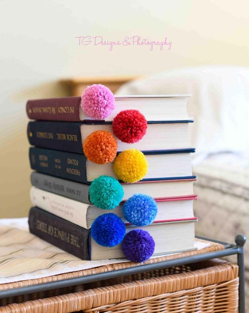 Yarn ball pompom bookmarks
