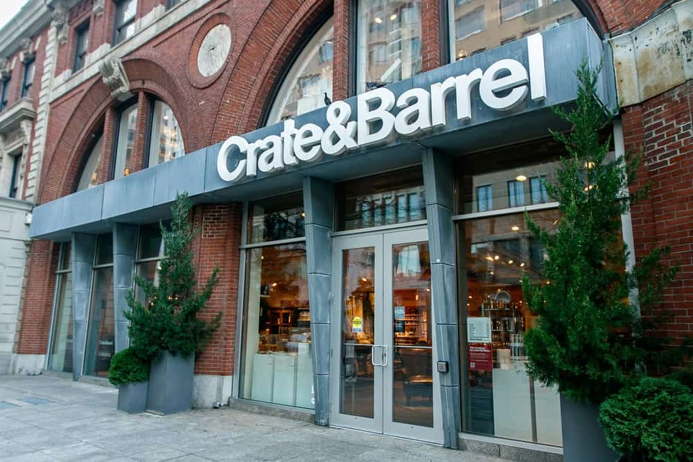 Crate & Barrel storefront in Boston, MA.