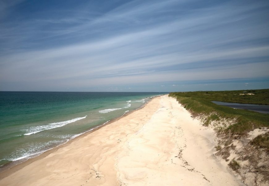 Here's the beach area in the area, boasting the white sands and the calm sea. Images courtesy of Toptenrealestatedeals.com.