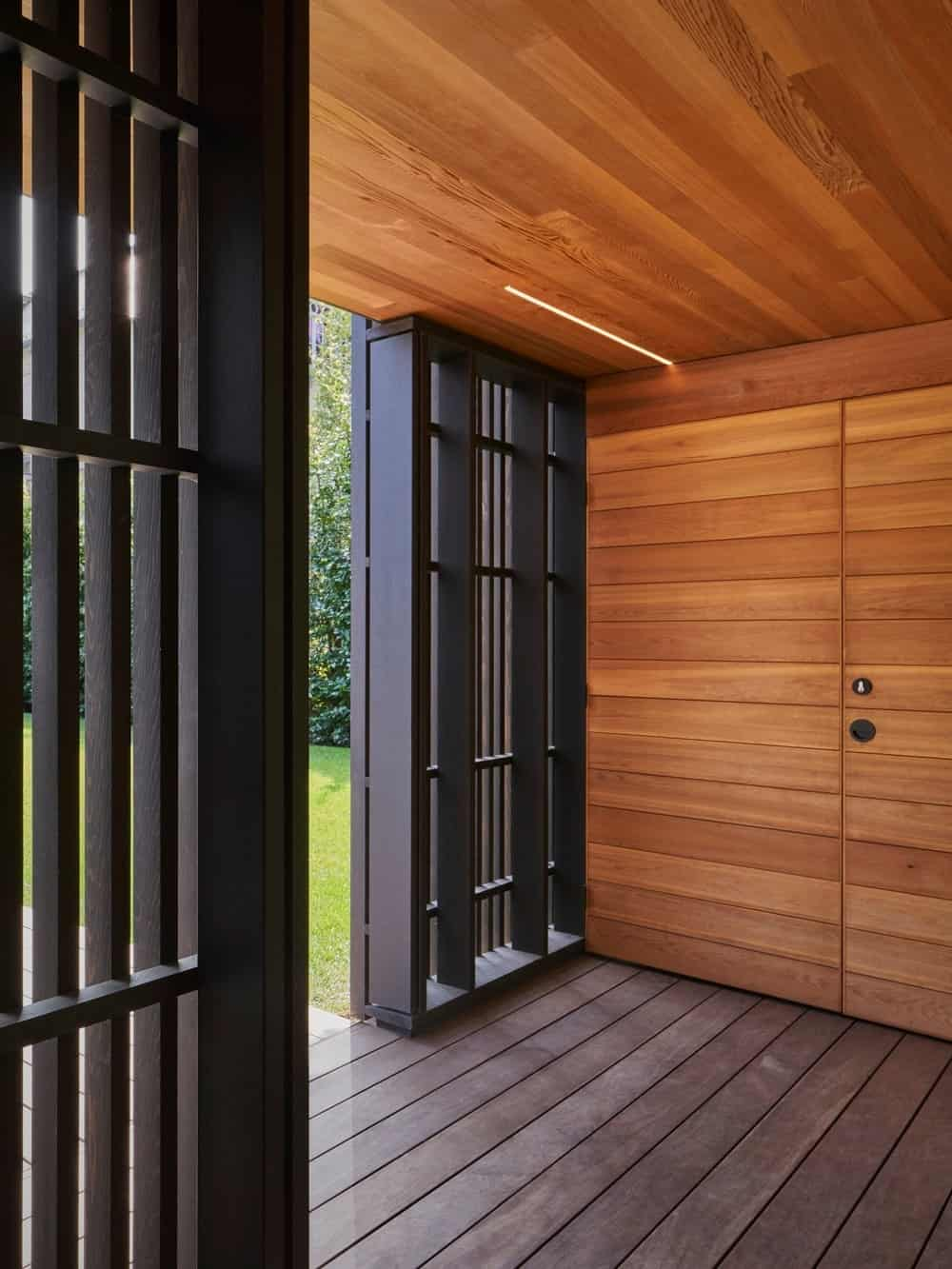 Entryway in the Forest Hill Garden & Pavilion designed by Amantea Architects.