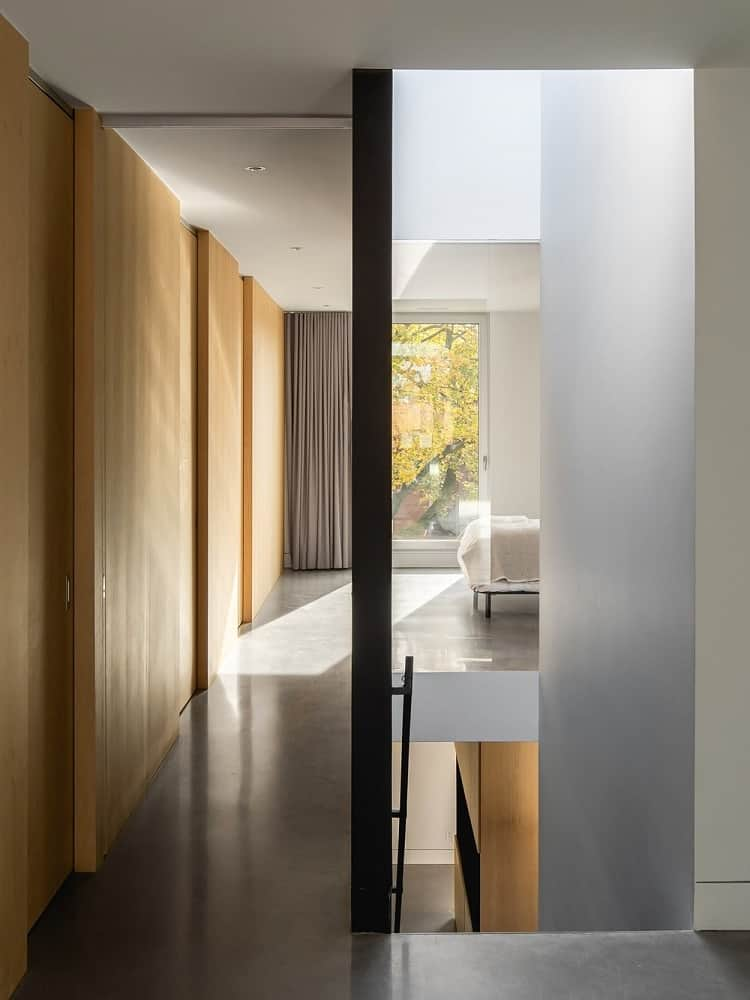 Second floor's hallway in the La Duette designed by Natalie Dionne Architecture.