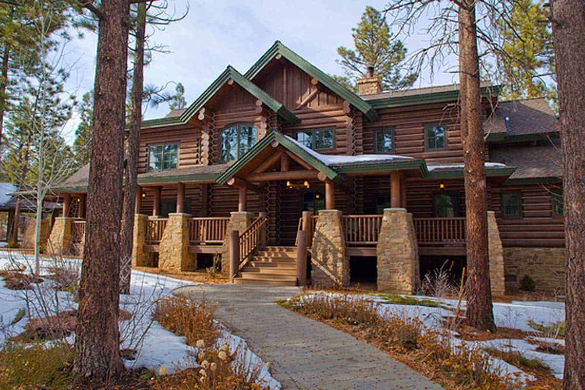 4 Bedroom Mountain Home With A 2 Story Great Room Floor Plan