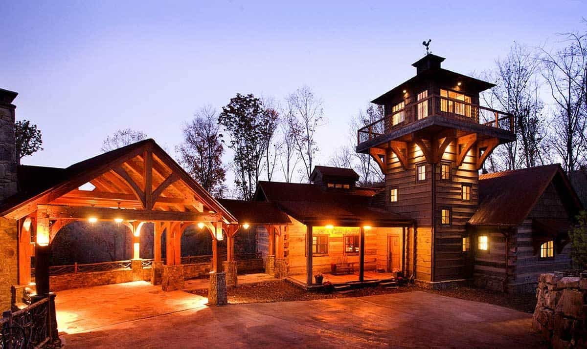 3-Bedroom Single-Story Mountain Home with Lookout Tower