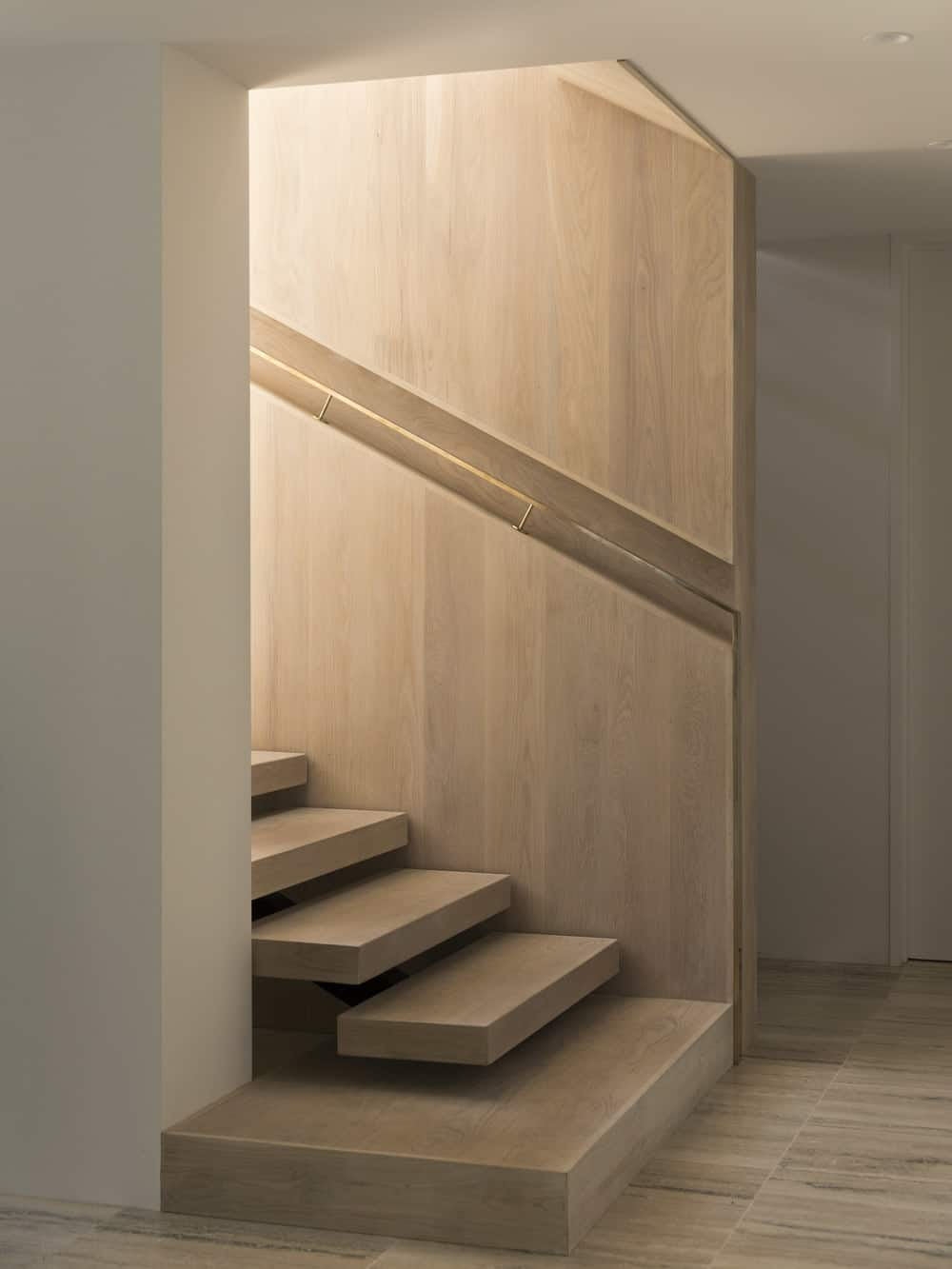 Floating staircase in the Herne Bay Hideaway designed by Lloyd Hartley Architects.