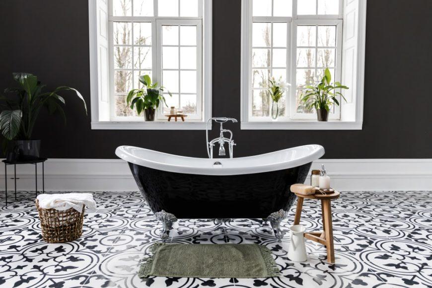 25 Black And White Primary Bathroom Decor Ideas Photos