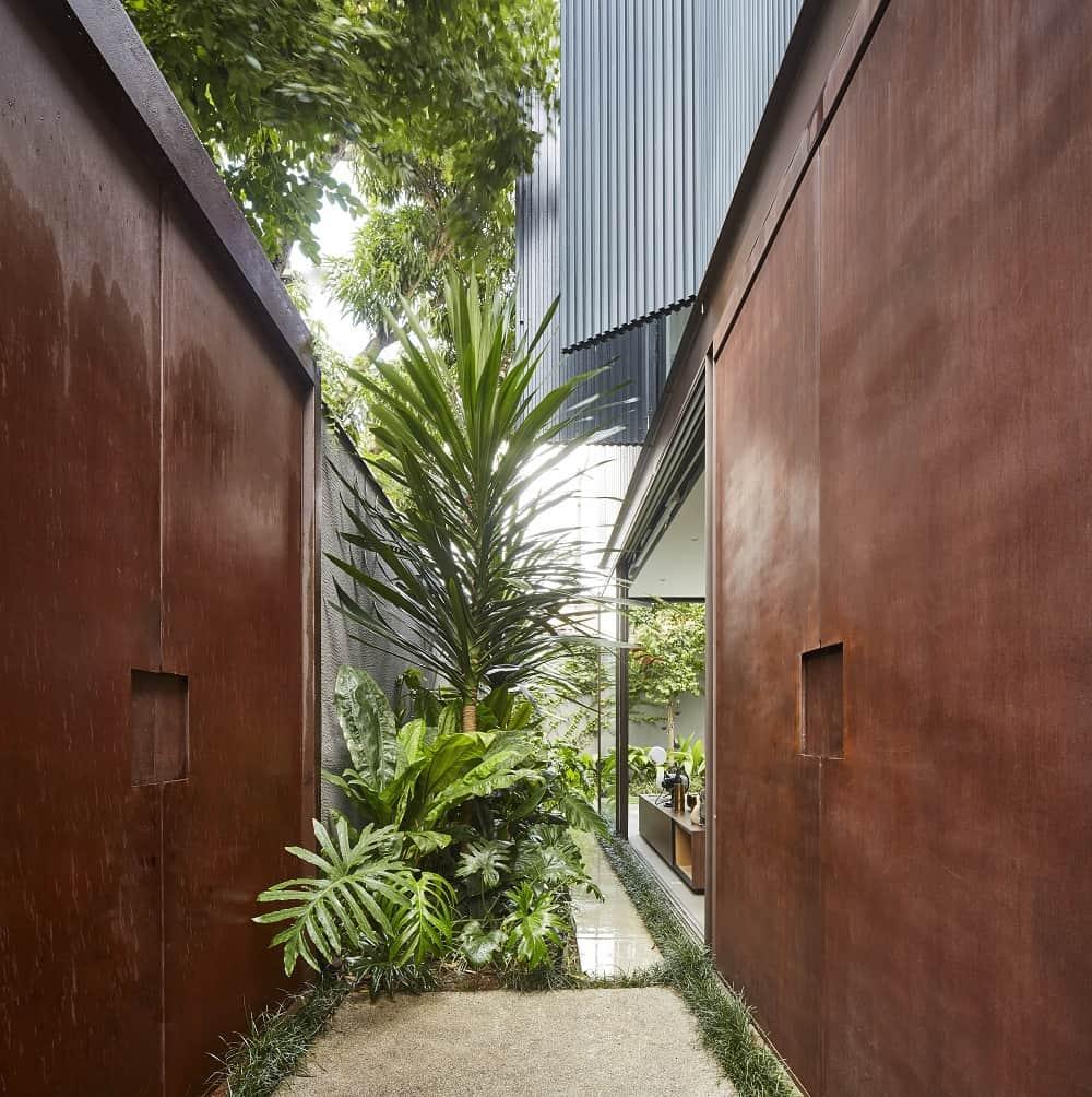 Garden in the Casa Box designed by Flavio Castro.