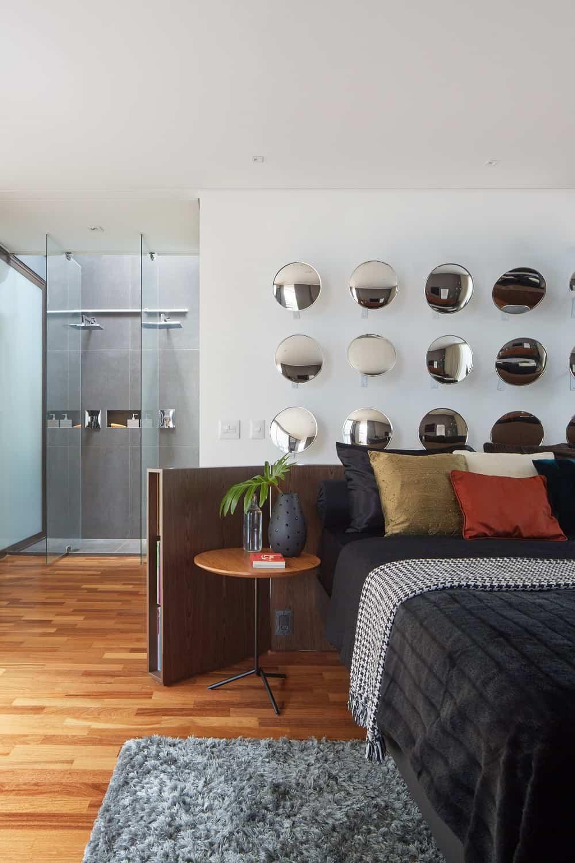 Bedroom in the Casa Box designed by Flavio Castro.