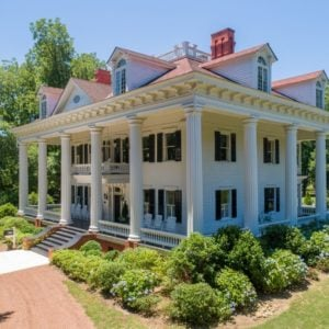 Another aerial view focusing on the elegant-looking house's exterior. Images courtesy of Toptenrealestatedeals.com.
