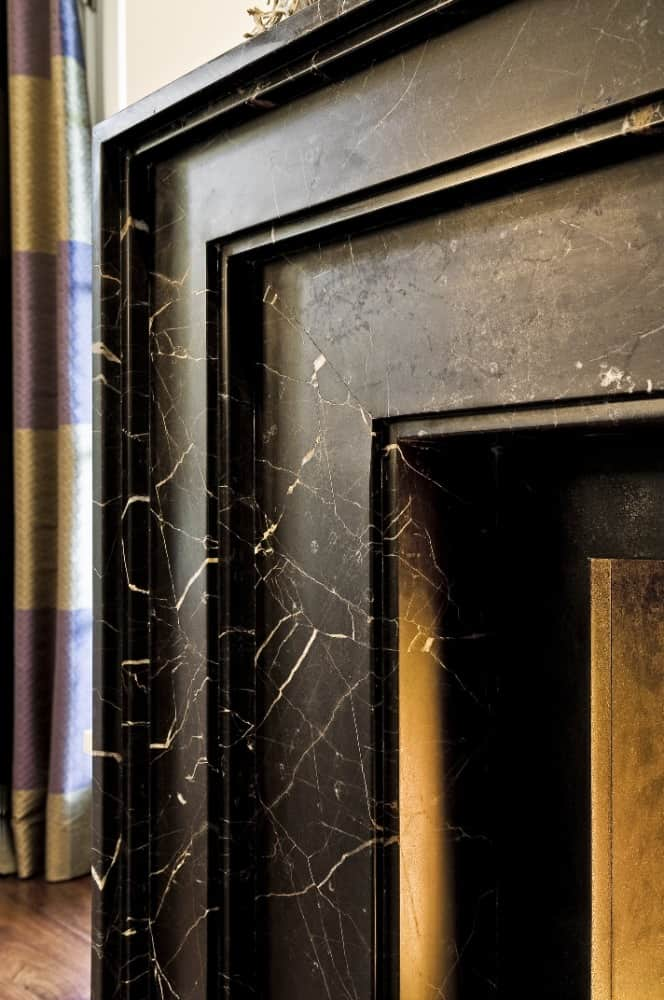 A much closer look at the gorgeous fireplace's black marble tiles material. Images courtesy of Toptenrealestatedeals.com.