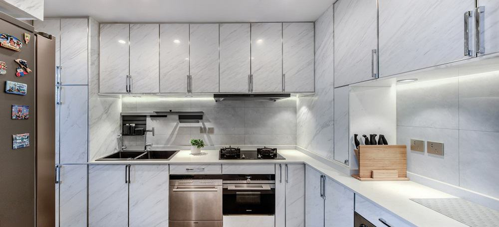 Kitchen in the Home Space with Two Kids designed by Atelier Alter.