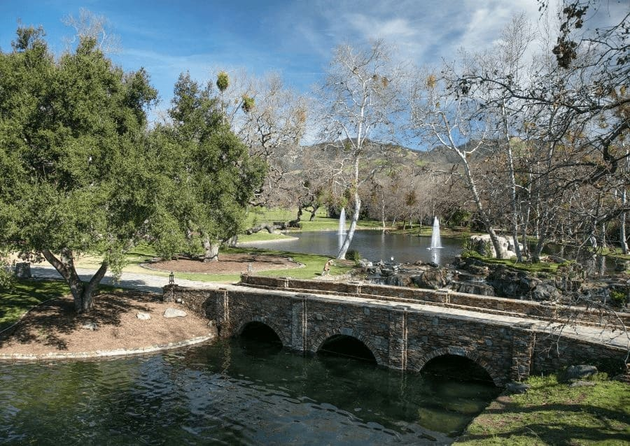 The ranch has this river with a gorgeous bridge and has fountains. The area is absolutely lovely. Images courtesy of Toptenrealestatedeals.com.