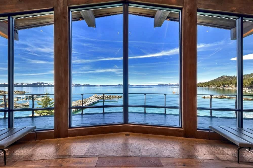 The home has large glass windows all over the place providing magnificent views of the surroundings. Images courtesy of Toptenrealestatedeals.com.