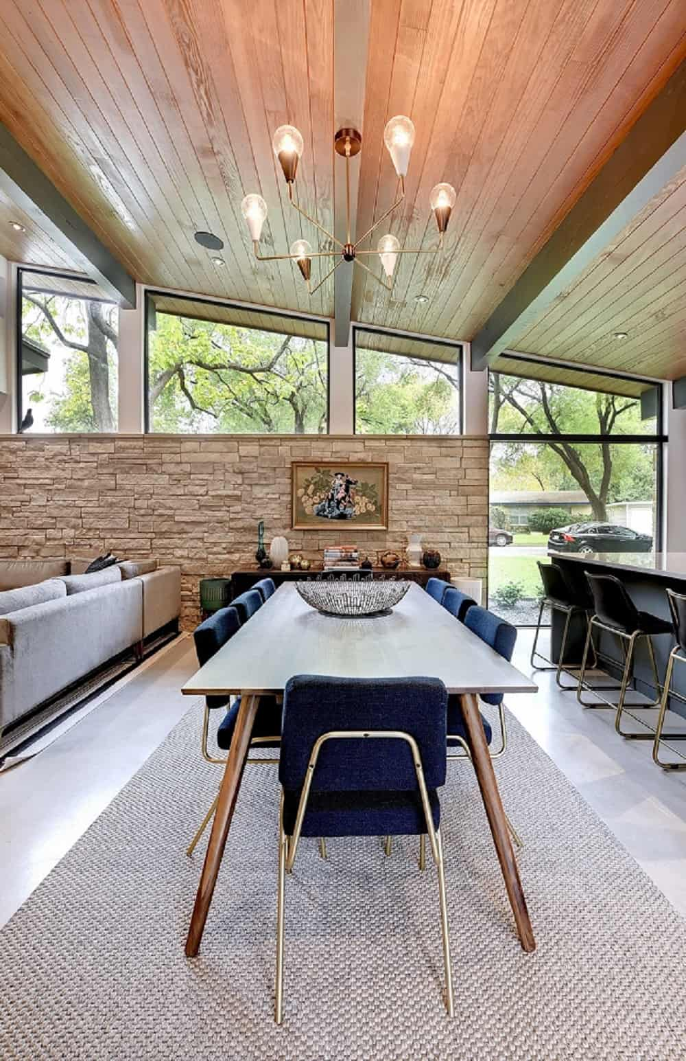 Dining area in the Re-Open House designed by Matt Fajkus Architecture.